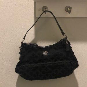 Small Coach bag— NWOT